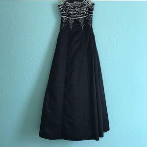 Night Way prom dress